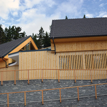 CLT Masivne montažne hiše - Masivne lesene hiše Lesoteka