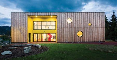 Masivni montažni objekti CLT - Masivne lesene hiše Lesoteka